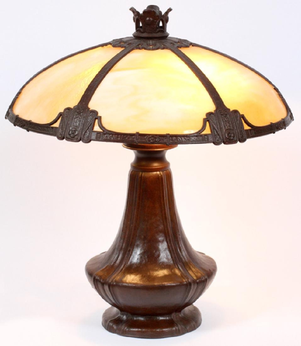 BRADLEY & HUBBARD ARTS & CRAFTS TABLE LAMP