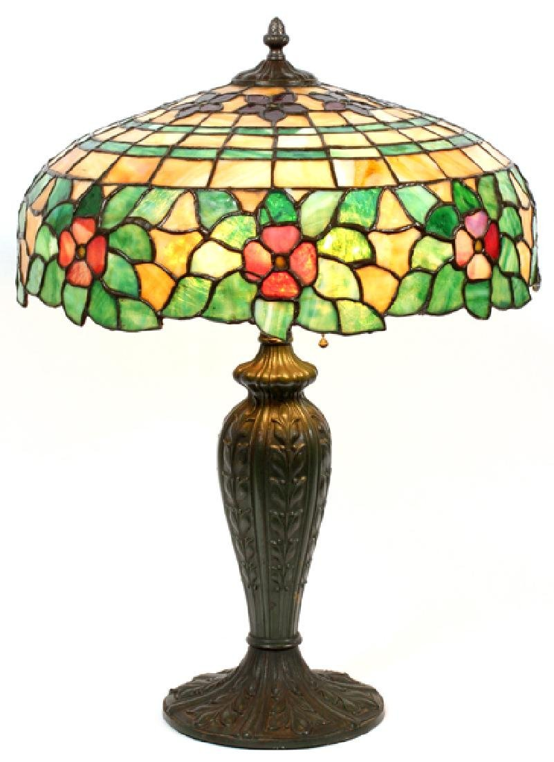 AN AMERICAN LEADED GLASS LAMP C. 1915
