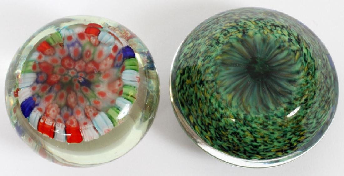 ART GLASS PAPERWEIGHTS 2 PCS. - 2