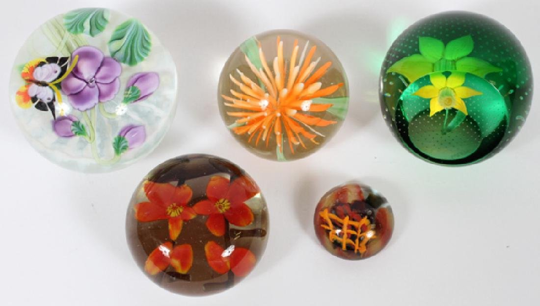 ART GLASS PAPERWEIGHTS 5 PCS.