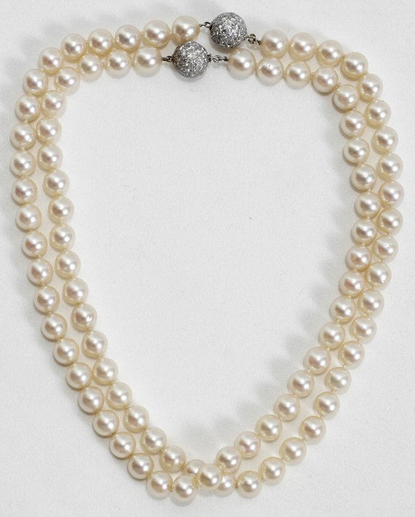 110003: 8.5 MM PEARL NECKLACE, W/PAVE DIAMOND CLASPS