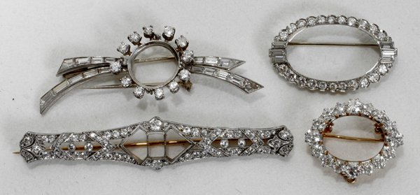 110183: DIAMOND & PLATINUM PINS, CENTER STONES REMOVED