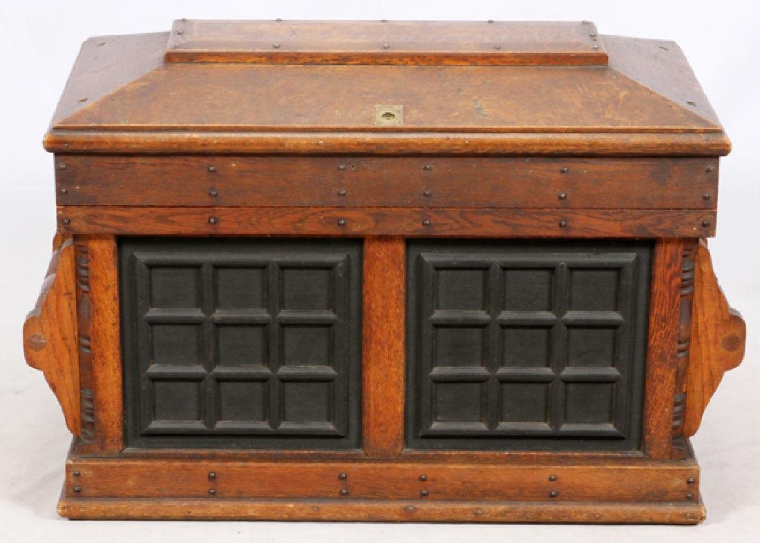 LARGE ACTOR'S TRAVELING TRUNK PROB. EARLY 20TH C.