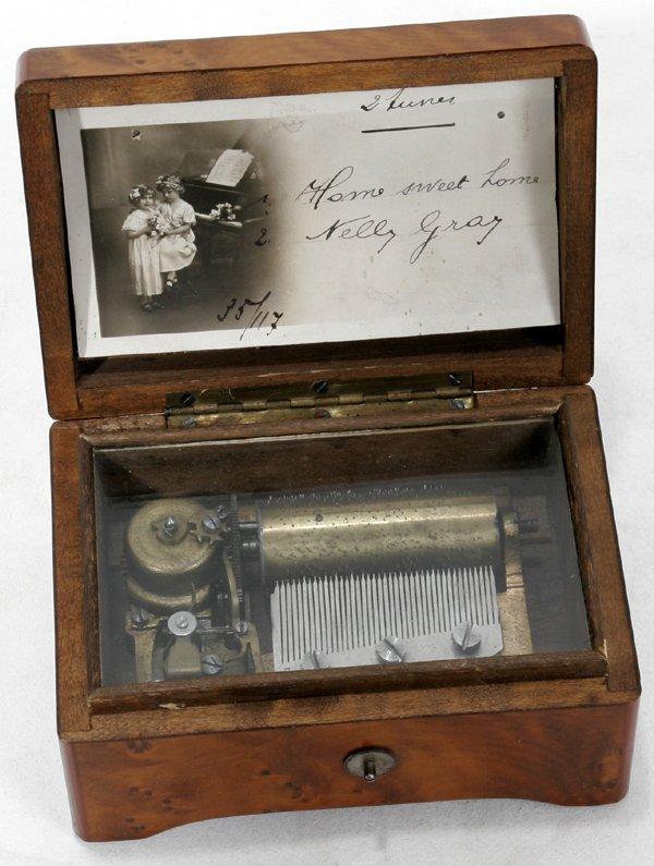 121018: SWISS BURL WALNUT CYLINDER MUSIC BOX, C.1880