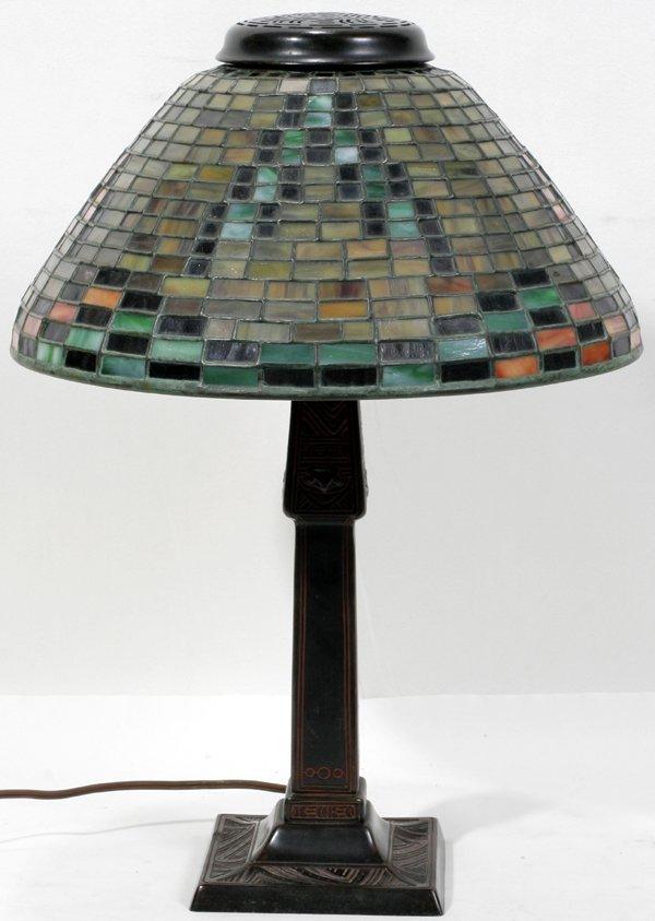 122016: TIFFANY GLASS & BRONZE 'AMERICAN INDIAN' LAMP