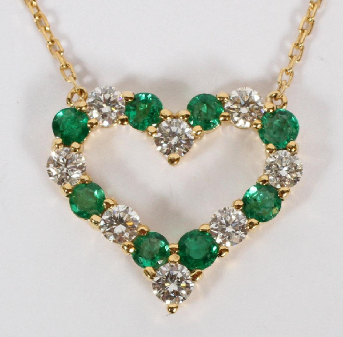 1.11CT EMERALD AND 1.01CT DIAMOND HEART NECKLACE