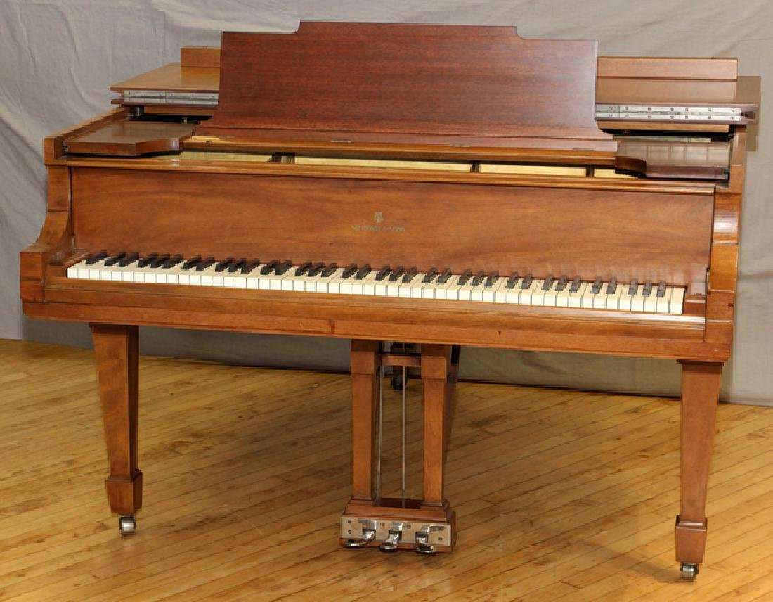 STEINWAY BABY GRAND MODEL M MAHOGANY PIANO 1921