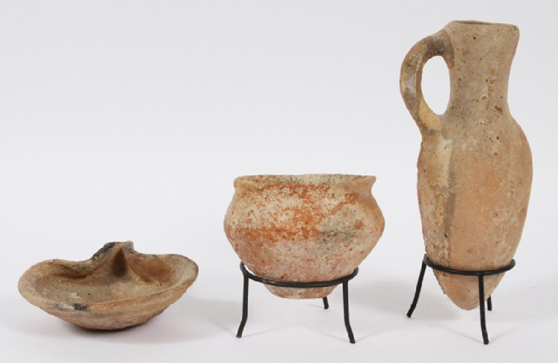 ISRAELITE LATE TO MIDDLE BRONZE AGE POTTERY VESSELS