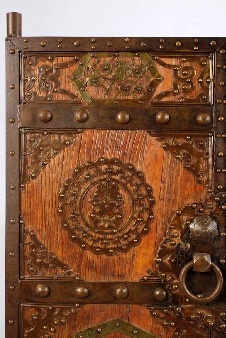 CHINESE WOOD AND METAL DOORS PAIR - 4