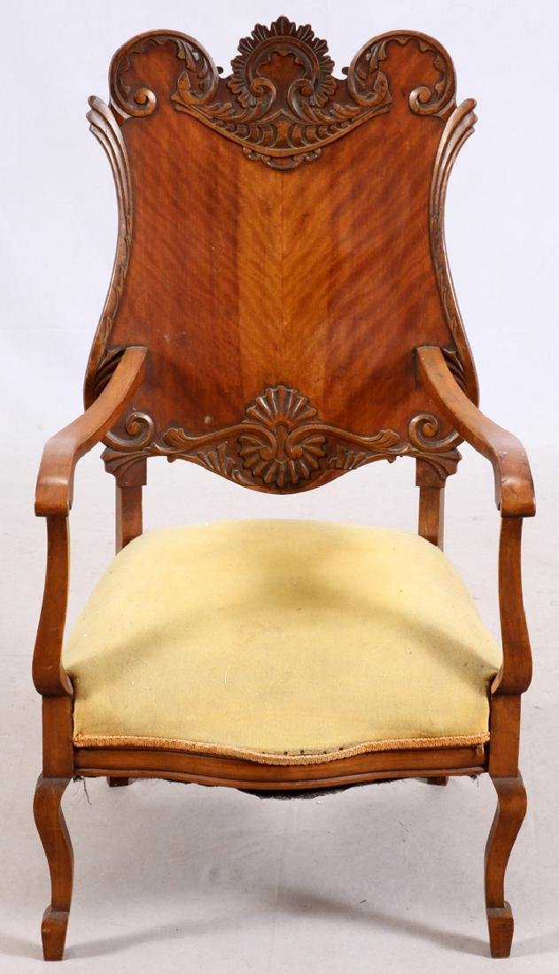 AMERICAN COLONIAL REVIVAL ARM CHAIR EARLY 20TH C.