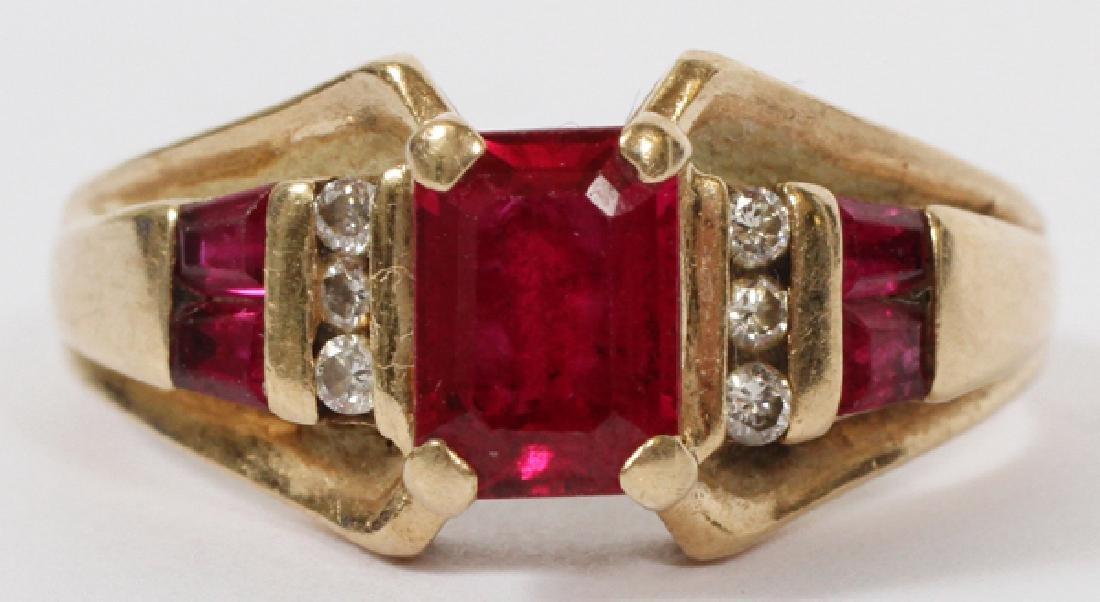 1.10 CT RUBY W/ DIAMONDS SET 10 KT GOLD RING