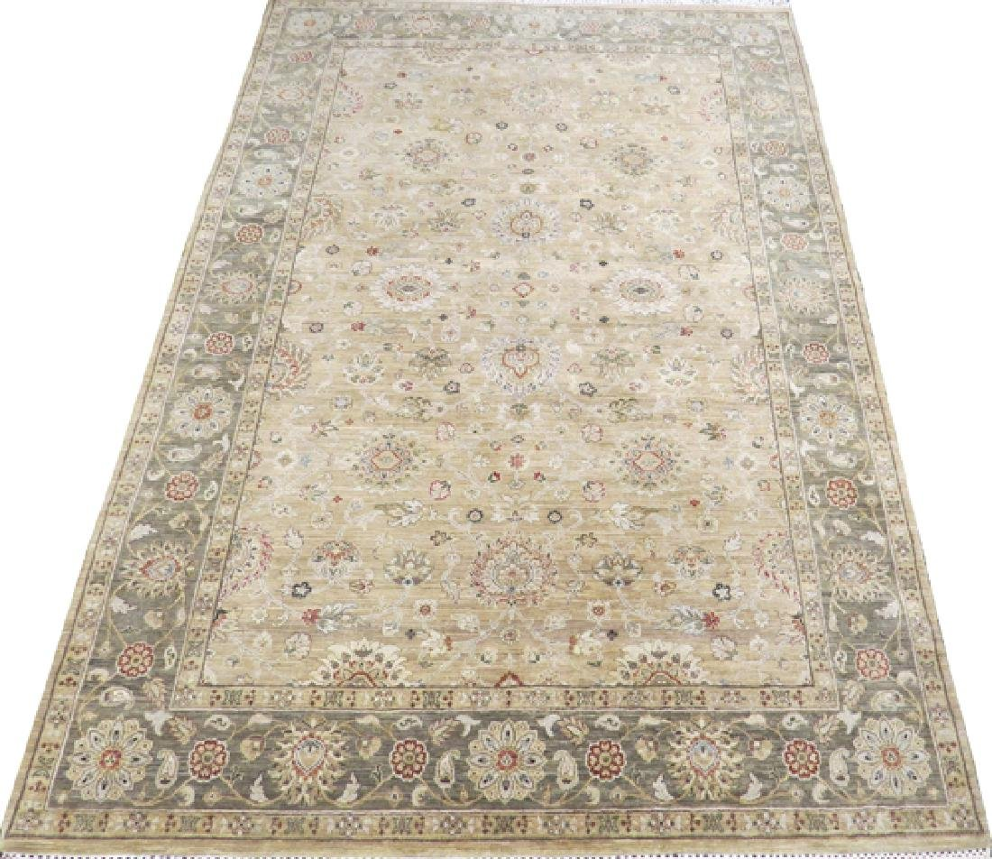 OUSHAK TURKISH ORIENTAL RUG