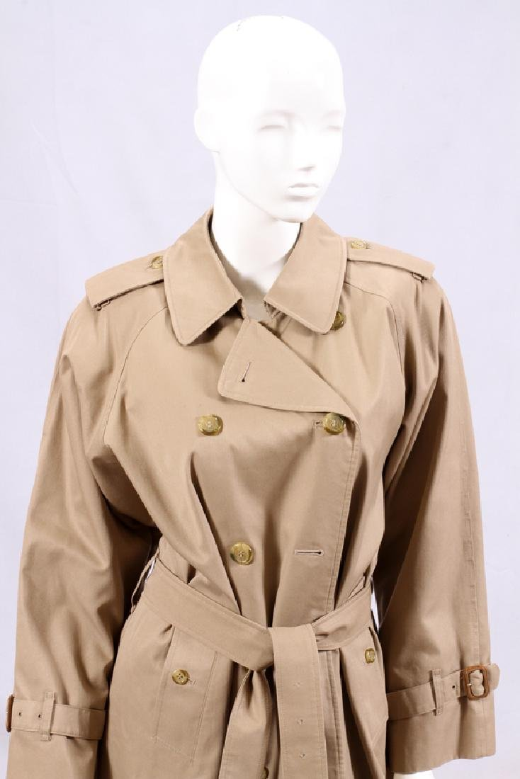 "BURBERRY WOMEN'S CLASSIC TRENCH COAT, L 47"" - 2"