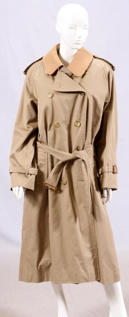 BURBERRY MEN'S CLASSIC TRENCH COAT, L 52""