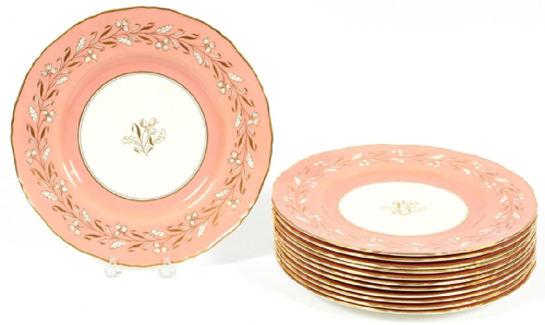 ROYAL WORCESTER PORCELAIN DINNER PLATES, 12