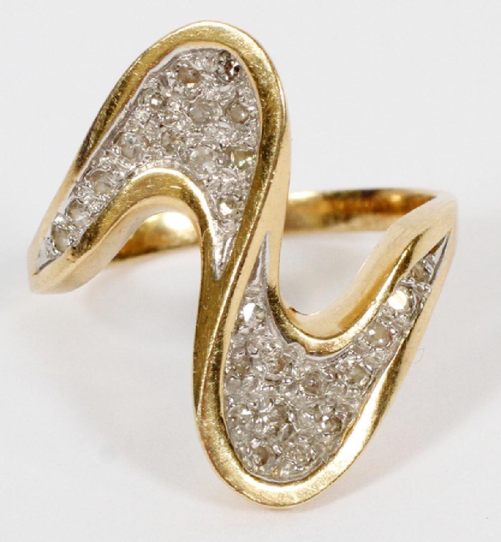 LADY'S 14KT GOLD AND DIAMOND RING