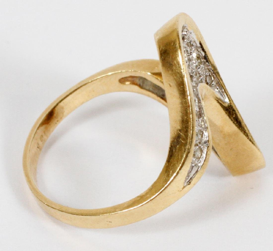 LADY'S 14KT GOLD AND DIAMOND RING - 2