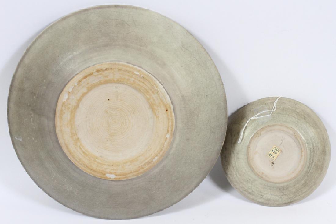 OAK PACKARD CRACKLE GLAZE POTTERY PLATES, TWO - 2