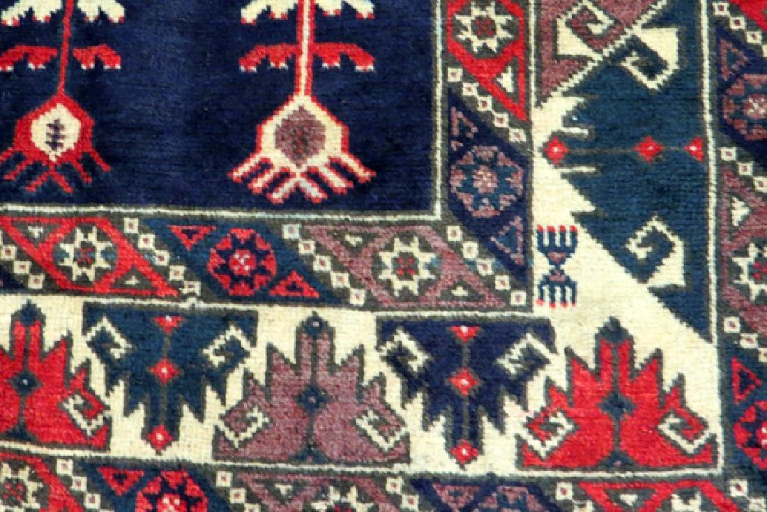 """SHIRAZ HAND WOVEN WOOL PERSIAN RUG, W 4', L 6' 9"""" - 4"""