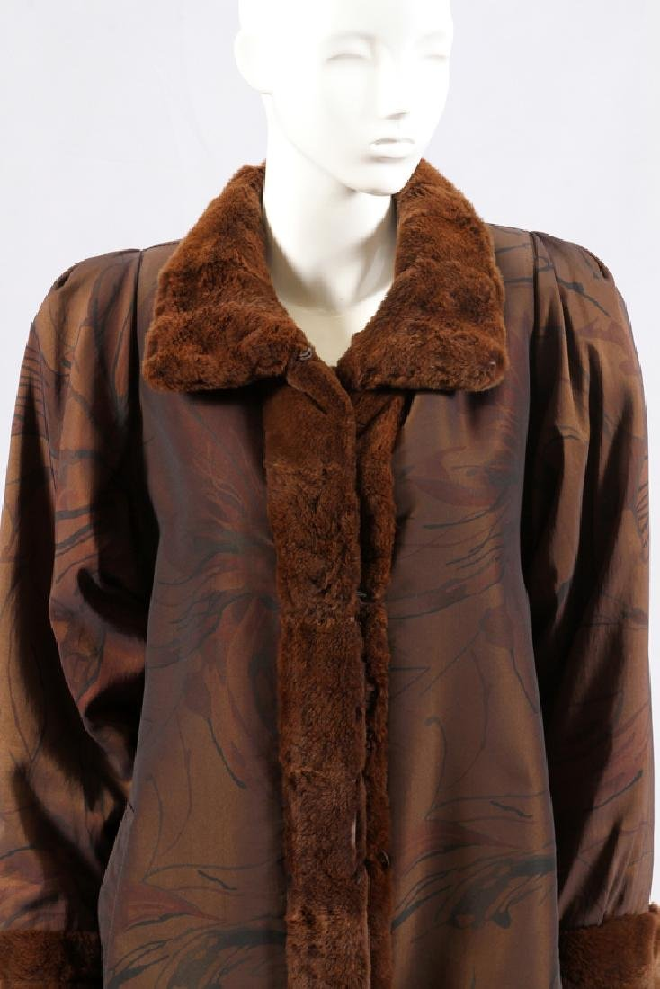 LONG FABRIC COAT, FUR TRIM - 2