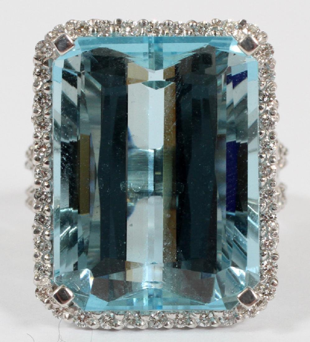 LADY'S 14KT GOLD, AQUAMARINE AND DIAMOND RING