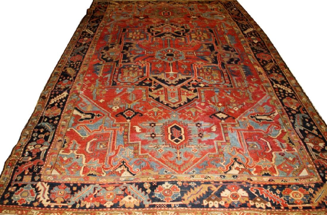 ANTIQUE HERIZ PERSIAN ORIENTAL RUG