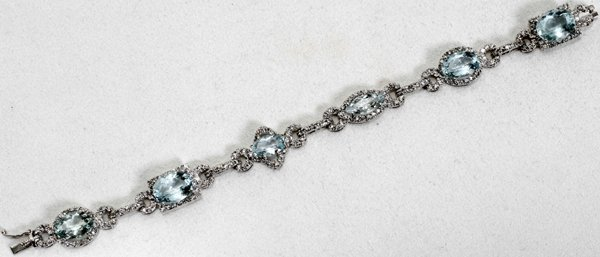 020002: 14K GOLD, AQUAMARINE & DIAMOND BRACELET