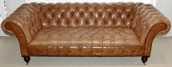 031200: RALPH LAUREN 'BRITTANY' LEATHER SOFA, L85""