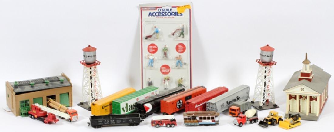 MINATURE TRAIN-ENGINE, RAILCARS & TRACK, BUILDINGS