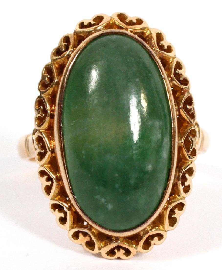 14KT YELLOW GOLD RING WITH CABOCHON GREEN STONE