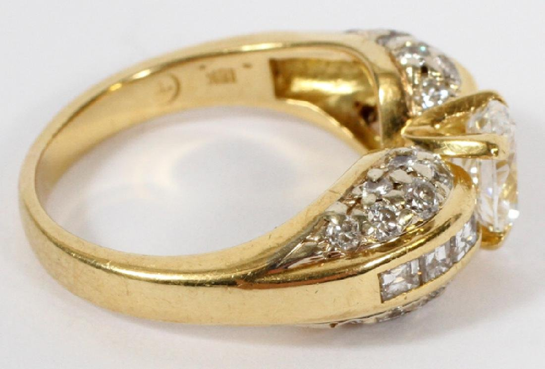 DIAMOND ENGAGEMENT RING, 18KT YELLOW GOLD - 2