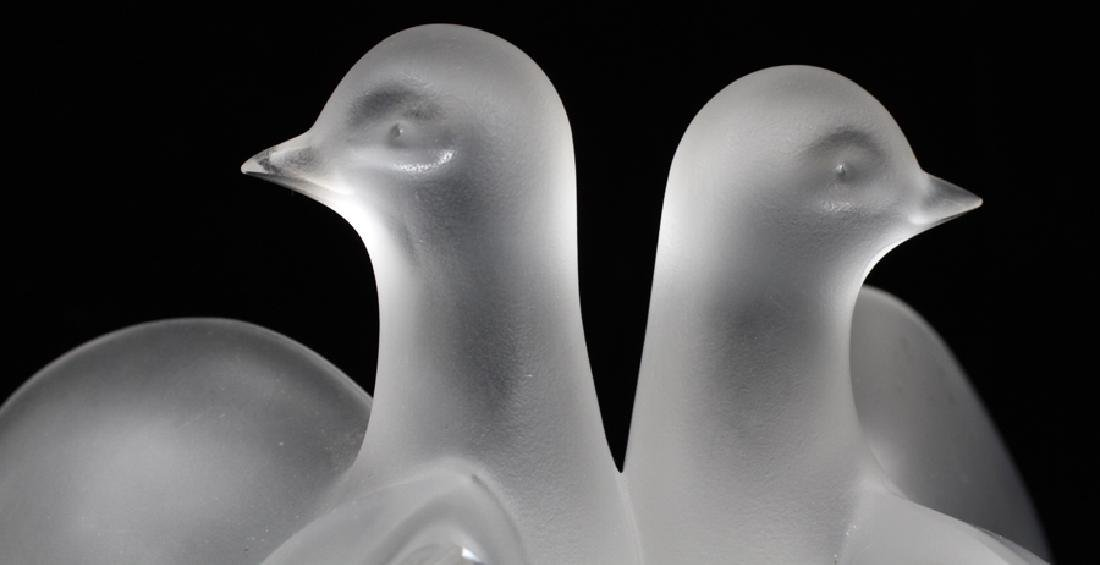 LALIQUE CRYSTAL 'DOUBLE DOVES' SCULPTURE - 2