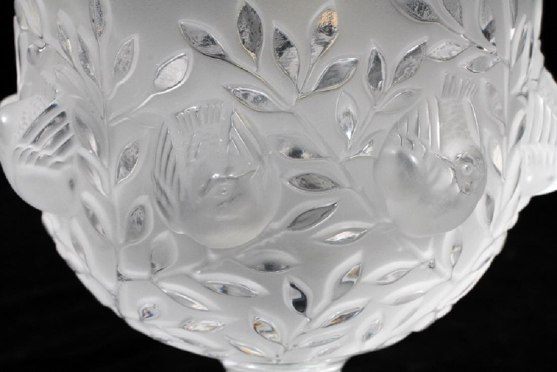 LALIQUE FROSTED TO CLEAR CRYSTAL 'SPARROW' VASE - 2