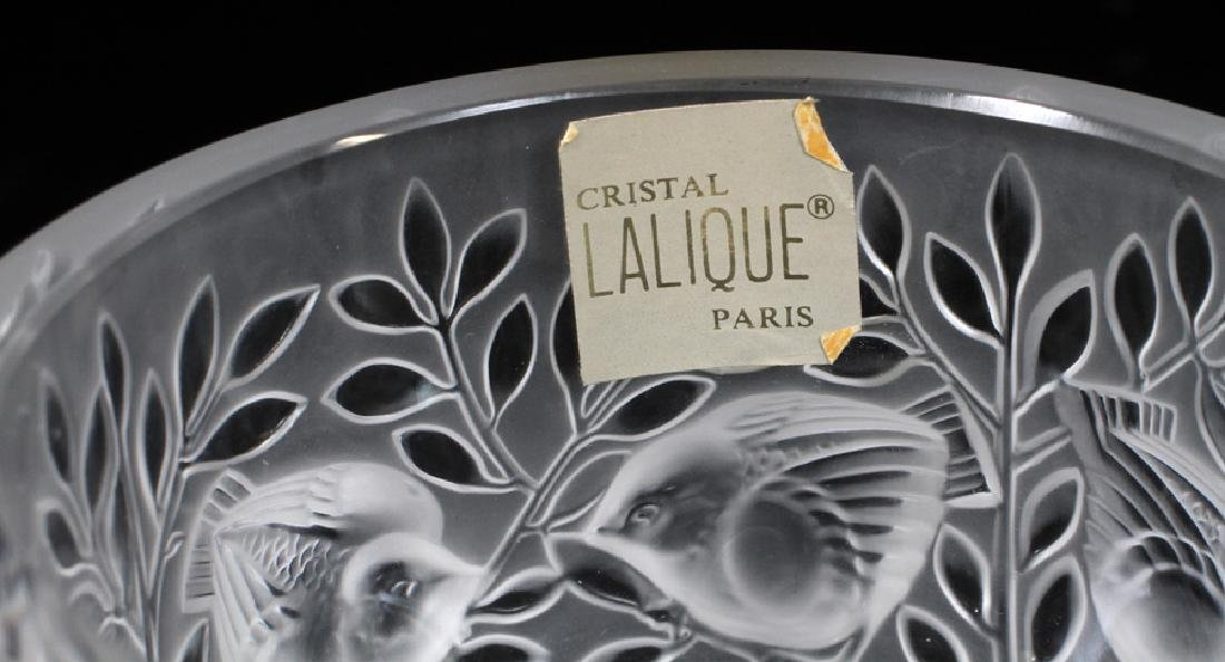 LALIQUE FROSTED TO CLEAR CRYSTAL 'SPARROW' VASE - 3