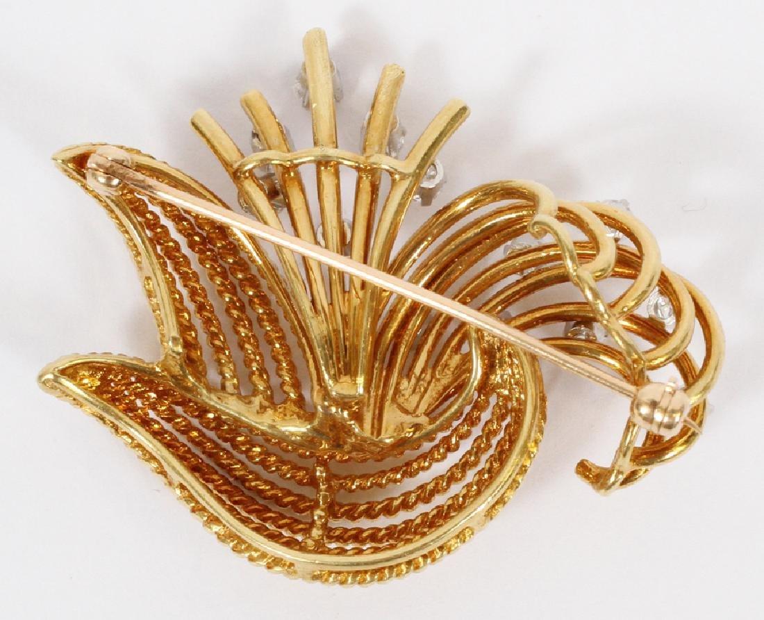 DIAMOND  AND 18K YELLOW GOLD BROOCH PIN - 2