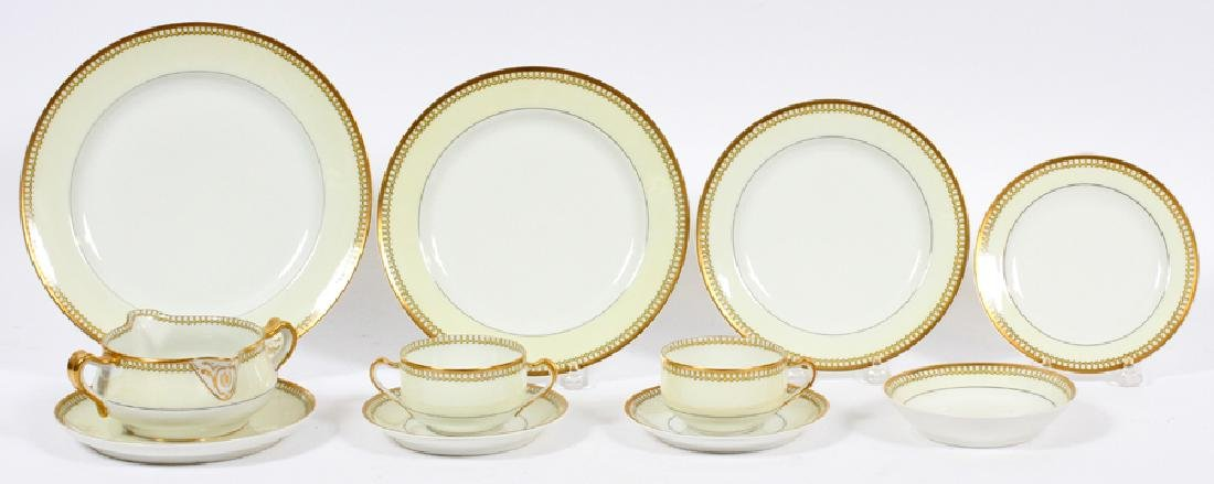 FRENCH HAVILAND SET OF DISHES, 120 PCS.