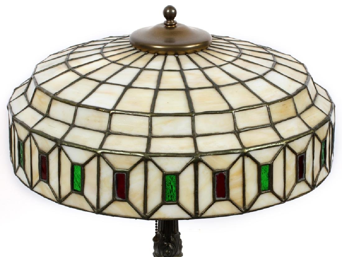 AMERICAN LEADED GLASS TABLE LAMP, CIRCA 1920 - 2