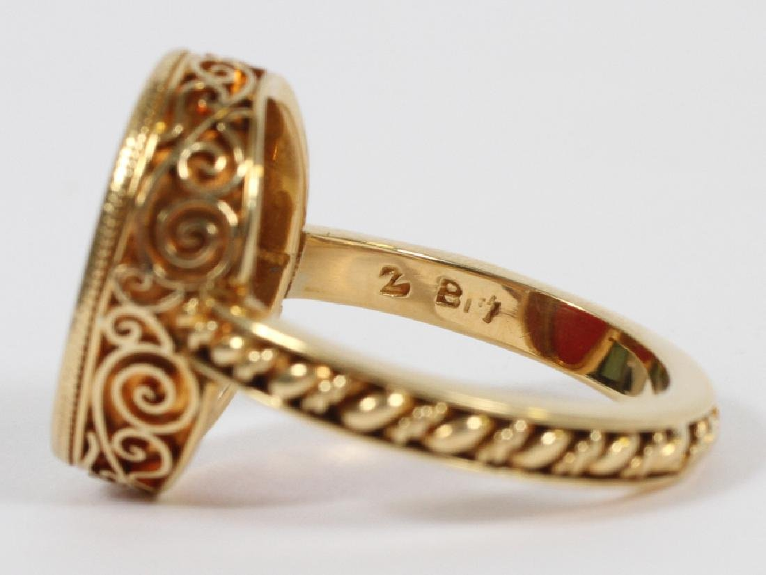 MANS 18KT YELLOW GOLD RING WITH RED INTAGLIO - 9