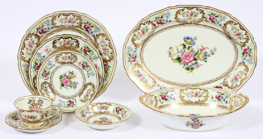 NORITAKE 'DRESOLIN' PORCELAIN DINNER SERVICE