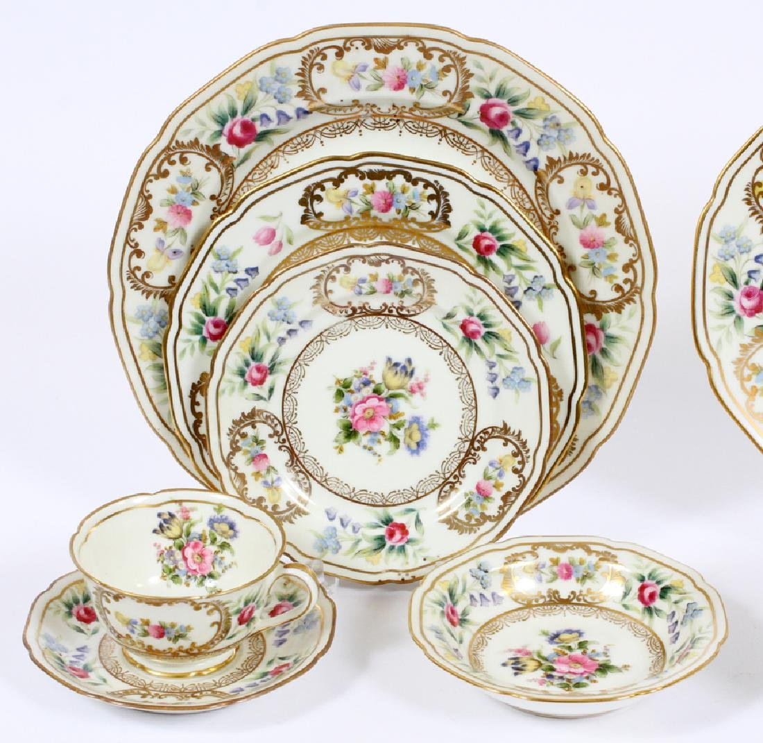 NORITAKE 'DRESOLIN' PORCELAIN DINNER SERVICE - 2