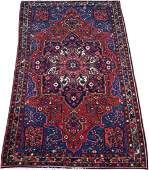 PERSIAN BAKHTIARI WOOL RUG LATE 20TH C