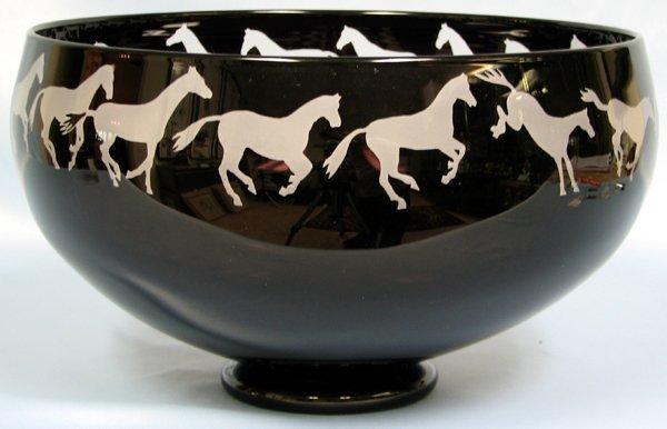 "063403: CORREIA ART GLASS BOWL 'HORSE PATTERN' H6.8"""