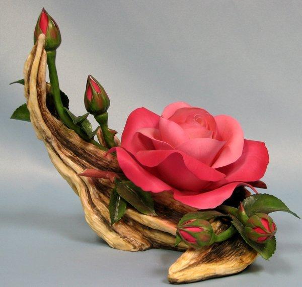 063407: HELEN BOEHM BISQUE FIGURE 'ROSES' 1985