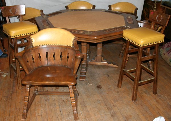 060018: 7-SIDED OAK POKER TABLE W/CHAIRS & BAR STOOLS