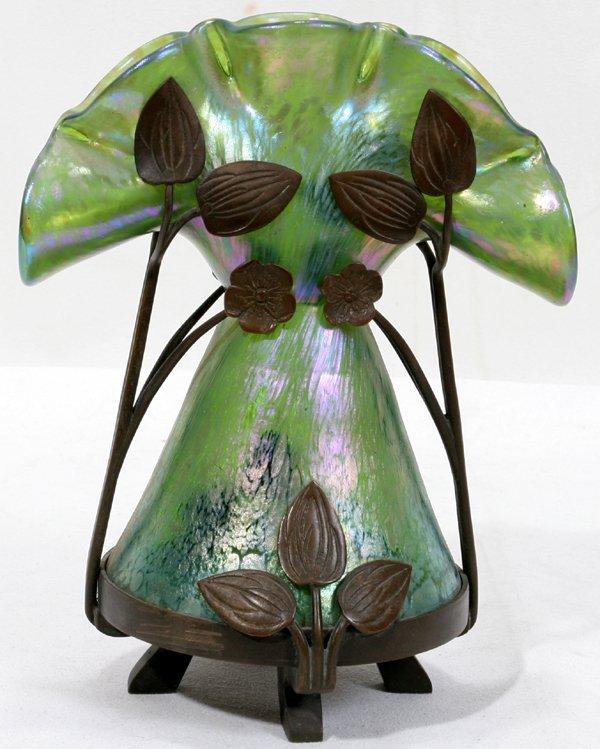062369: FRENCH BRONZE & ART GLASS PINCH STEM VASE
