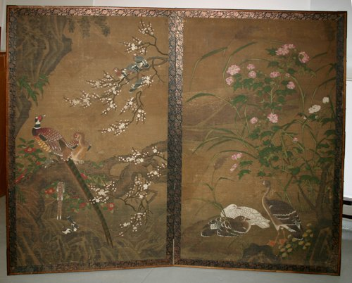 3164: CHINESE HAND PAINTED TWO PANELED SCREEN, 19TH CEN