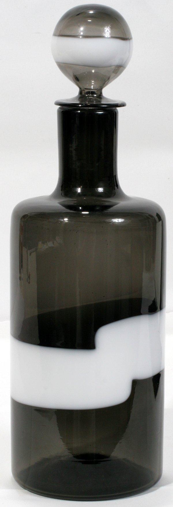 070012: VENINI MURANO ITALIA GLASS BOTTLE W/STOPPER