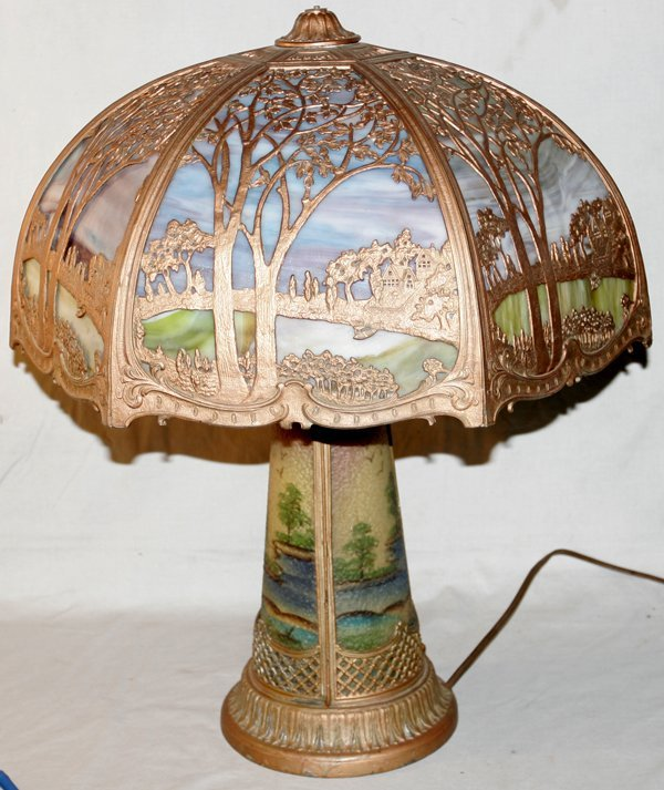 "071015: BENT SLAG GLASS & METAL TABLE LAMP, H24"""