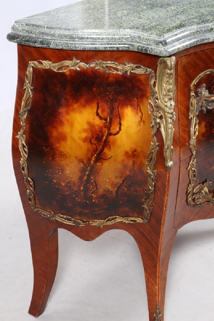 LOUIS XV STYLE BOMBE COMMODES, 20TH C. PAIR - 9