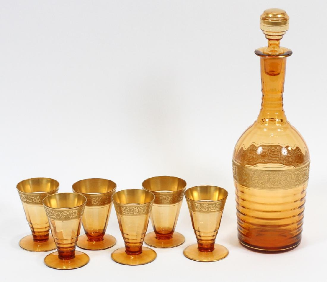 AMBER GLASS DECANTER AND LIQUORS, SEVEN PIECES